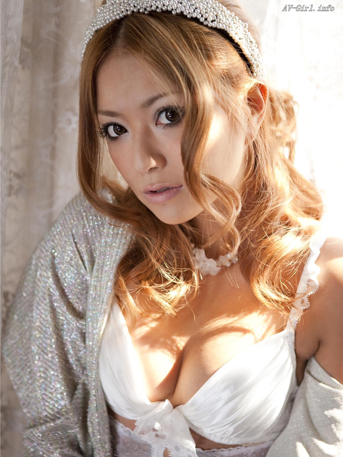 Asian Babe 10601