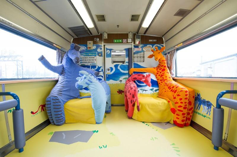 Asahiyama-Zoo-Train-04