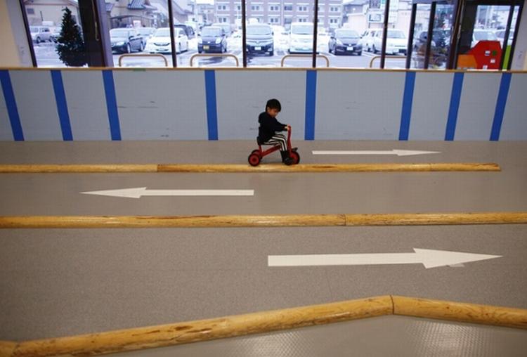 Playground indoor Fukushima 04