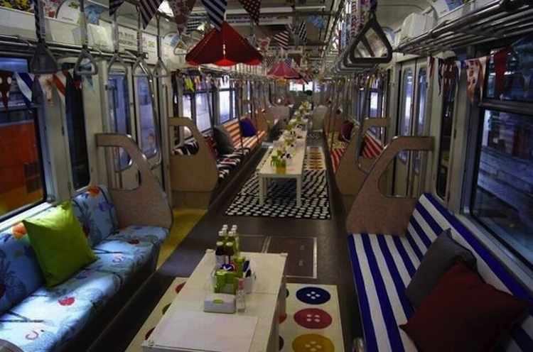 Party train 05
