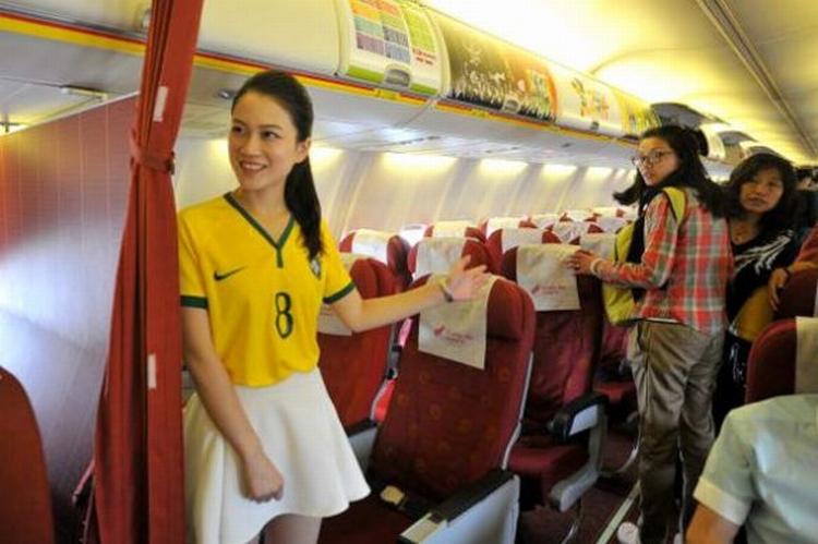 Comissaria de voo chinesa 04