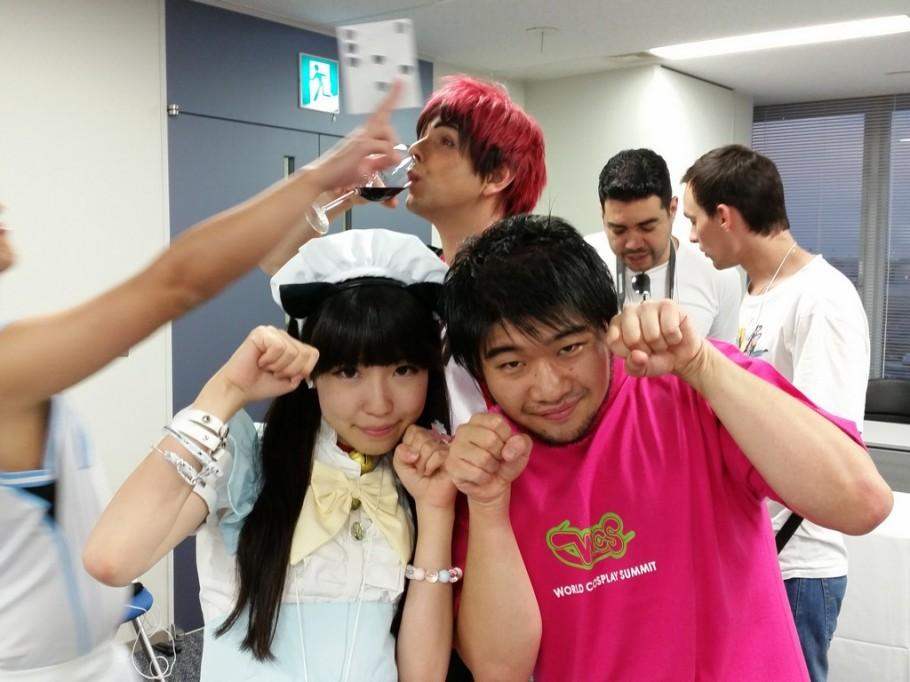 A Miyu é do Omotenashi team, grupo de estudantes voluntários que trabalharam no WCS, ela ficou com o time da Rússia, mas gostou da gente e andou bastante conosco.