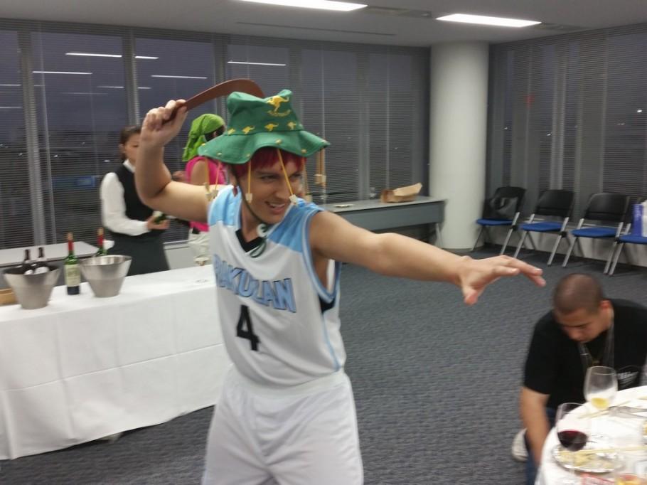 O time da Austrália levou esse chapéu e o bumerangue, faltou só o coala e o canguru. HU3