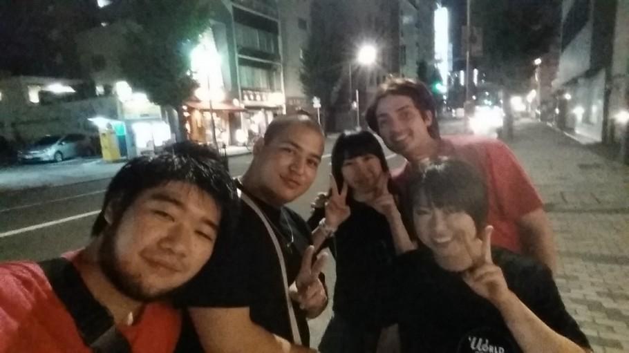 Ryuji e o pessoal do Omotenashi, o Gigio e a Asuka foram quem acompanharam o Brasil.
